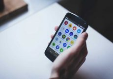 HOW TO DOWNLOAD THE APPS WHICH ARE NOT AVAILABLE ON ANDROID AND iPHONE